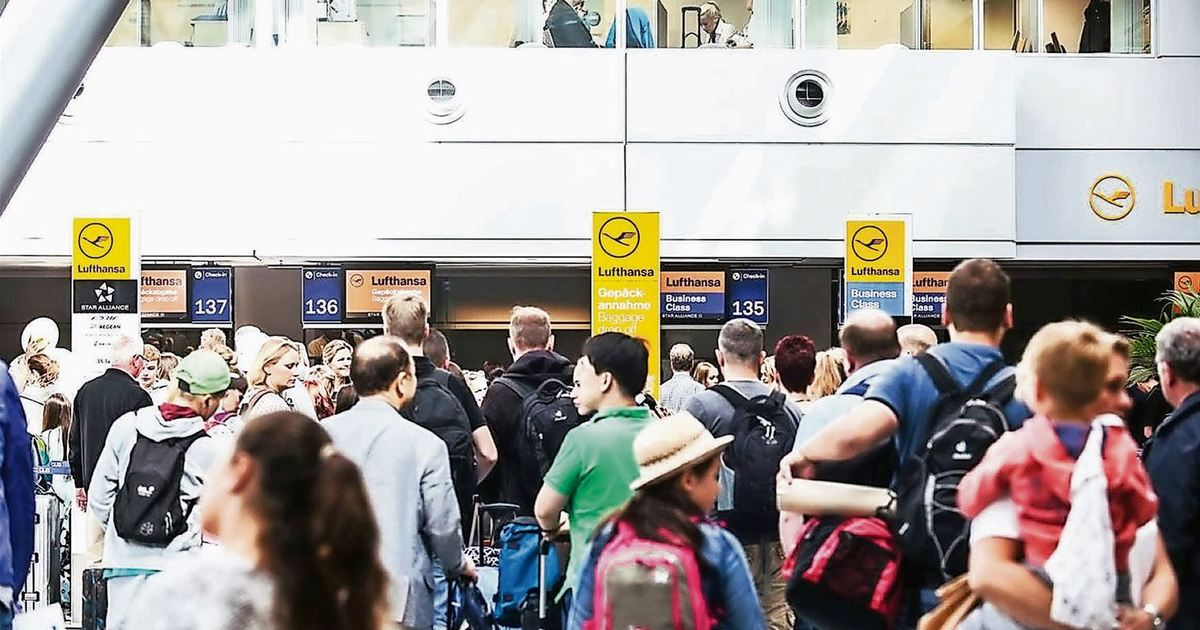 Flughafen Dusseldorf Start Der Sommerferien Das Sollten Sie Am