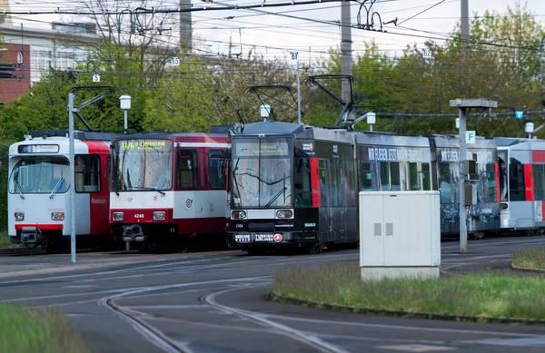 Warnstreiks Im öpnv Am Mittwoch Sind Düsseldorf Und Köln An Der Reihe