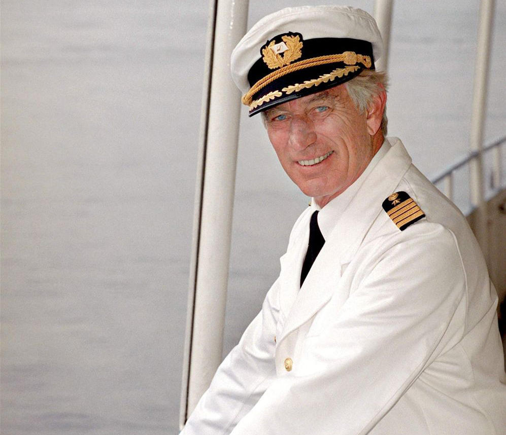 Mit 85 Jahren Gestorben Traumschiff Kapitän Siegfried Rauch Ist Tot