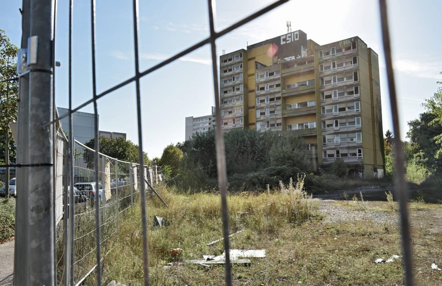 Krefeld Abrisskosten Fur Hochhaus Ruine Sind Zu Hoch