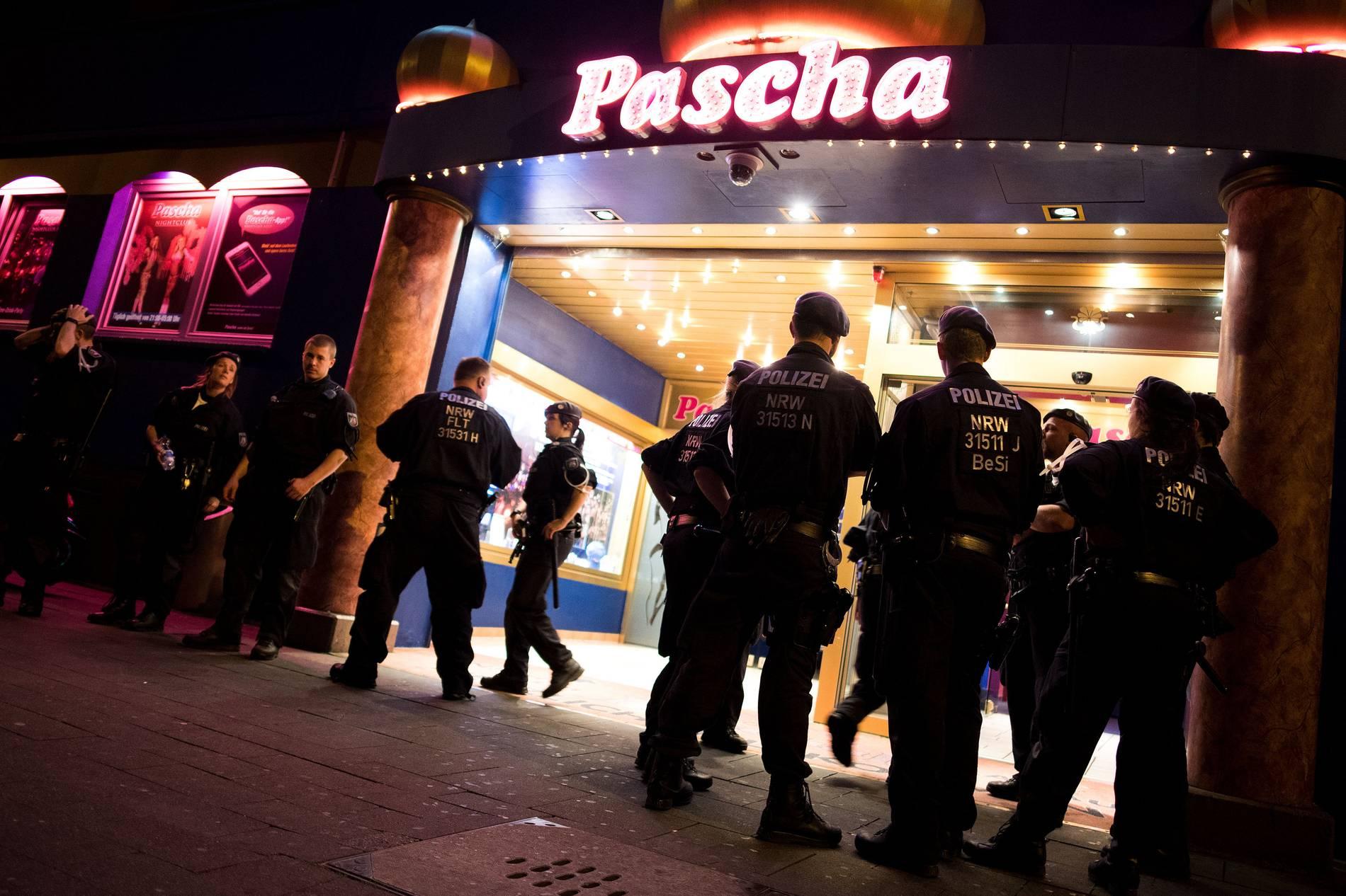 """Großeinsatz der Polizei: """"Schwerwiegende Delikte: Razzia"""