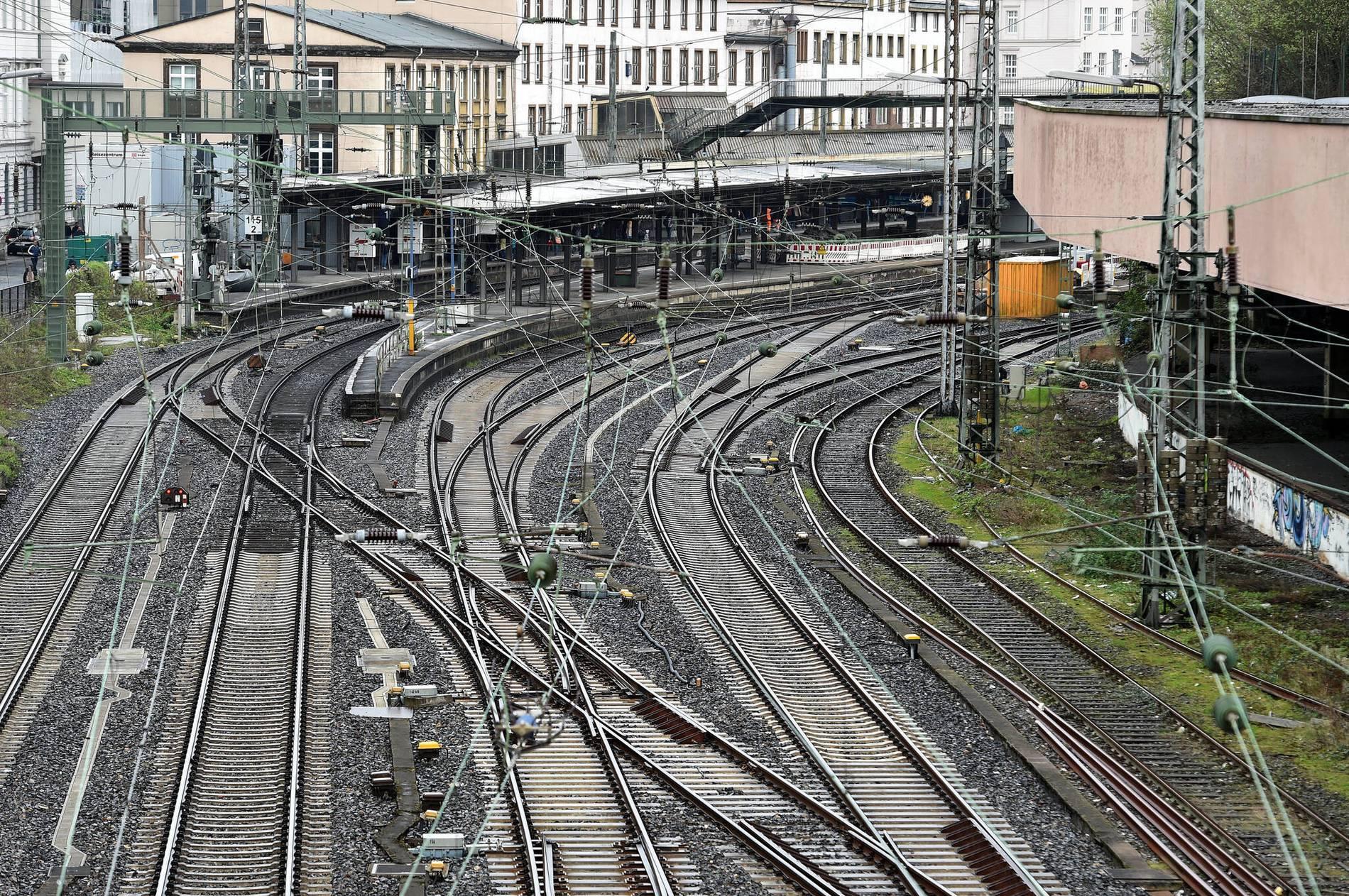 Bahn Wuppertal