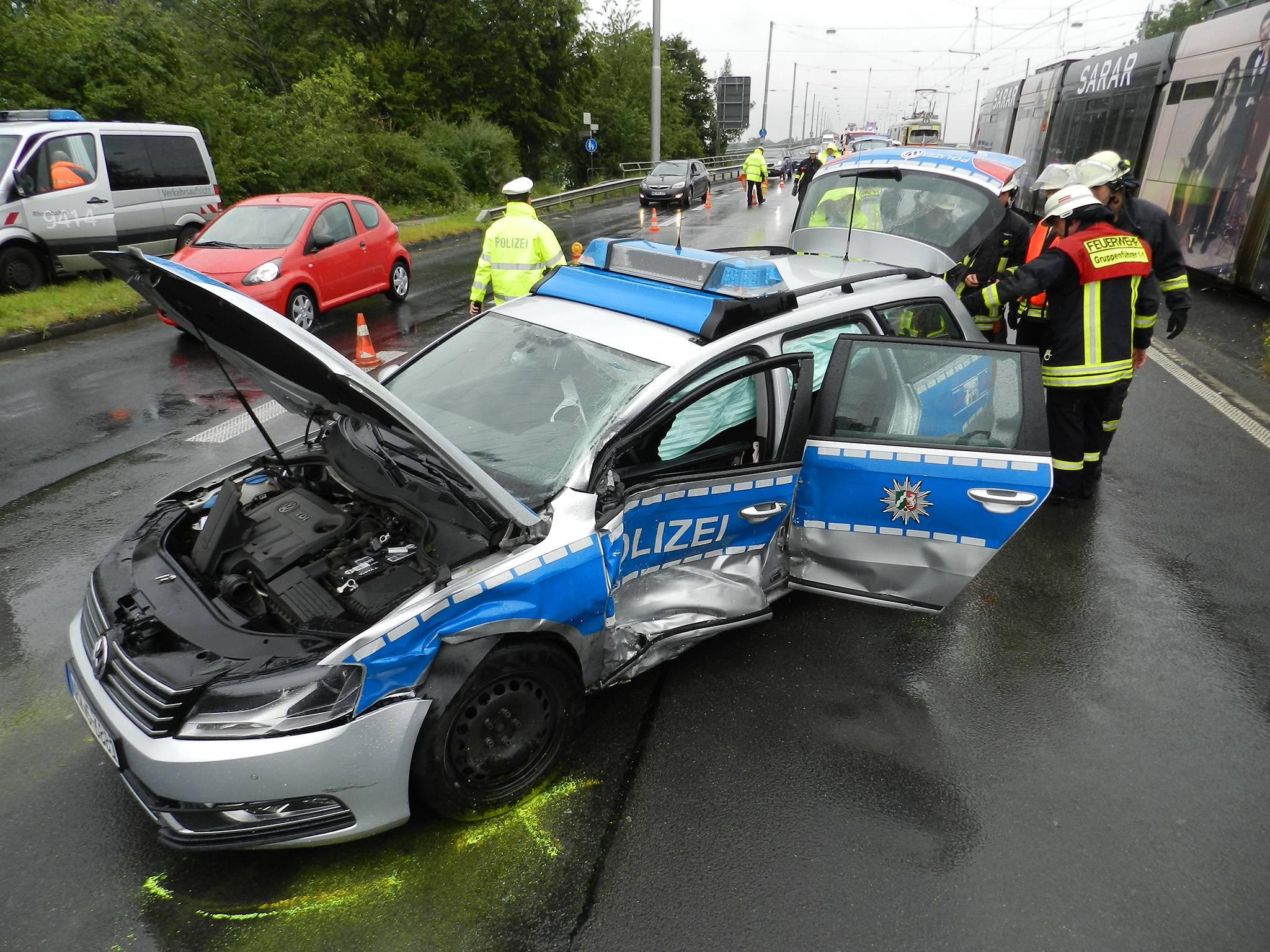 Unfall Südbrücke Düsseldorf