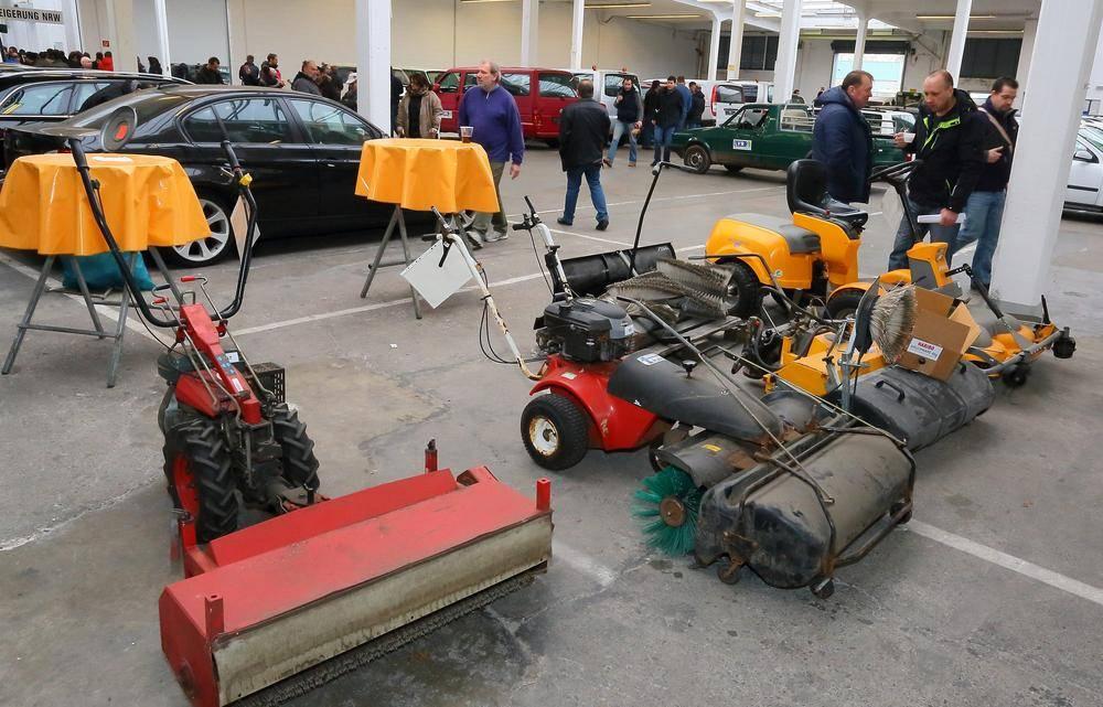 Versteigerung Düsseldorf Landeseigene Fahrzeuge