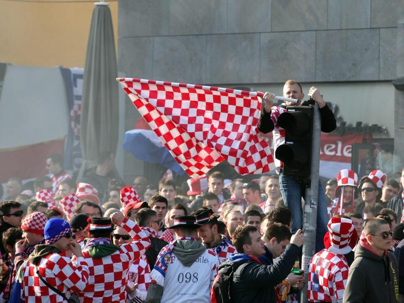 Männer kroatische GAY CRUISE: