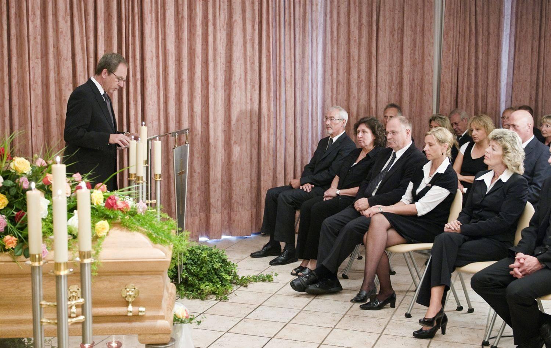 Ein Knigge Für Die Trauerfeier