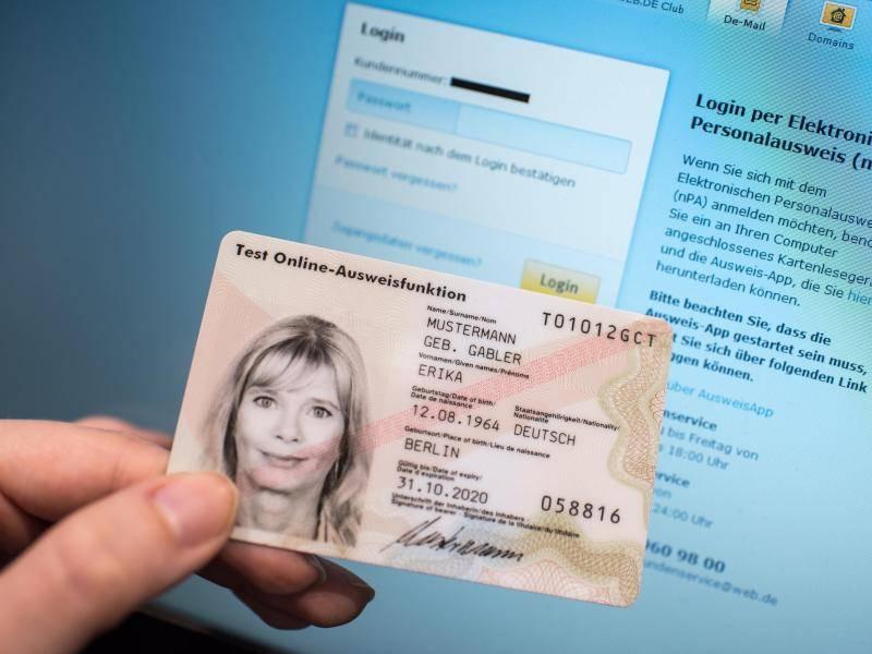 """946e816beb0296 """"Digitalisierungsmonitor""""  Online-Funktion beim neuen Personalausweis kaum  genutzt"""