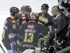 Heimspiel: Lange Gesichter - Pinguine verlieren gegen ERC Ingolstadt