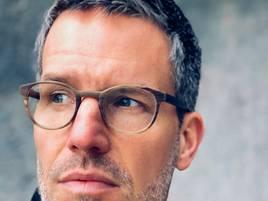 Lesung: Schauspieler Tim Bergmann liest in Kaiserswerth aus Nele-Neuhaus-Krimi