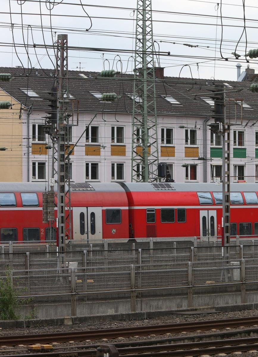 Düsseldorf hinter dem bahndamm modelle