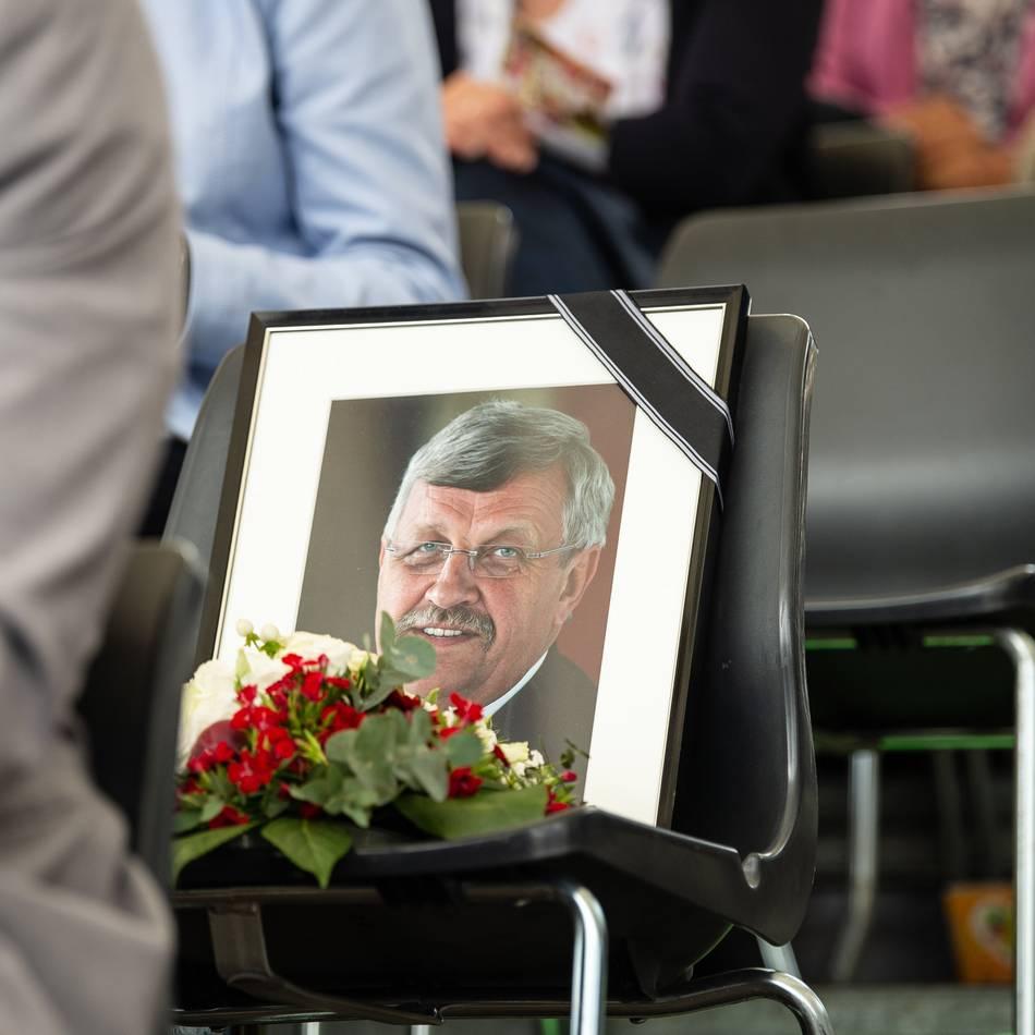 Rechtsextremer Hintergrund?: Generalbundesanwalt übernimmt Ermittlungen im Mordfall Lübcke