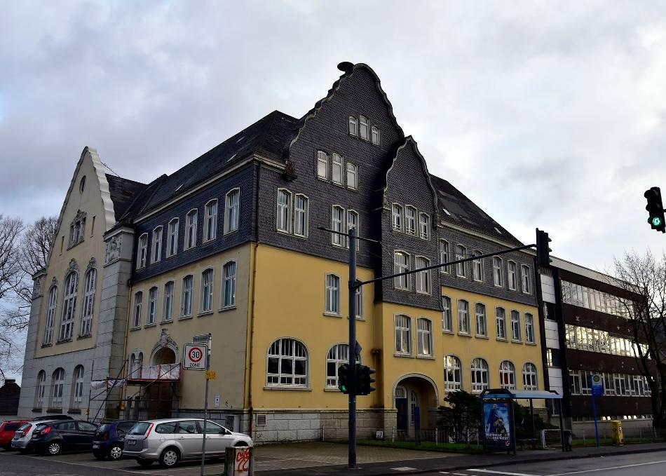Cronenberg: Stadt will Hauptschule verkaufen