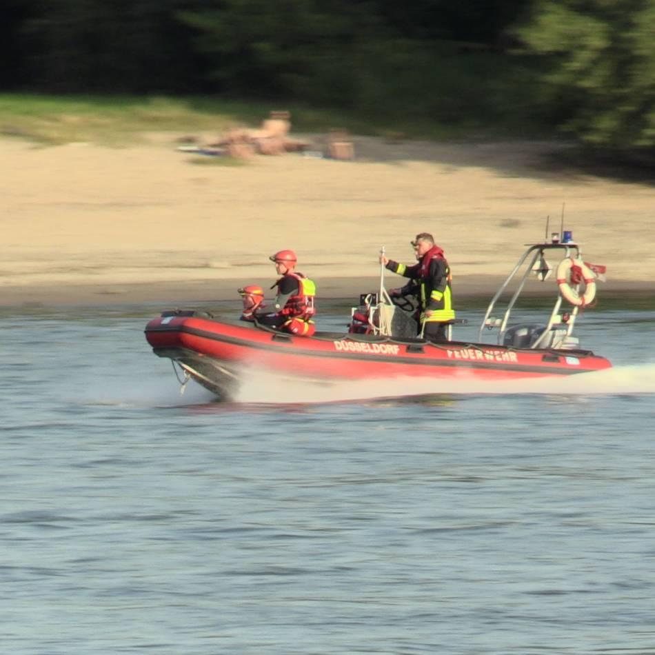 """Mehrere Tote: Feuerwehr Düsseldorf und DLRG warnen: """"Im Rhein herrscht Lebensgefahr"""""""