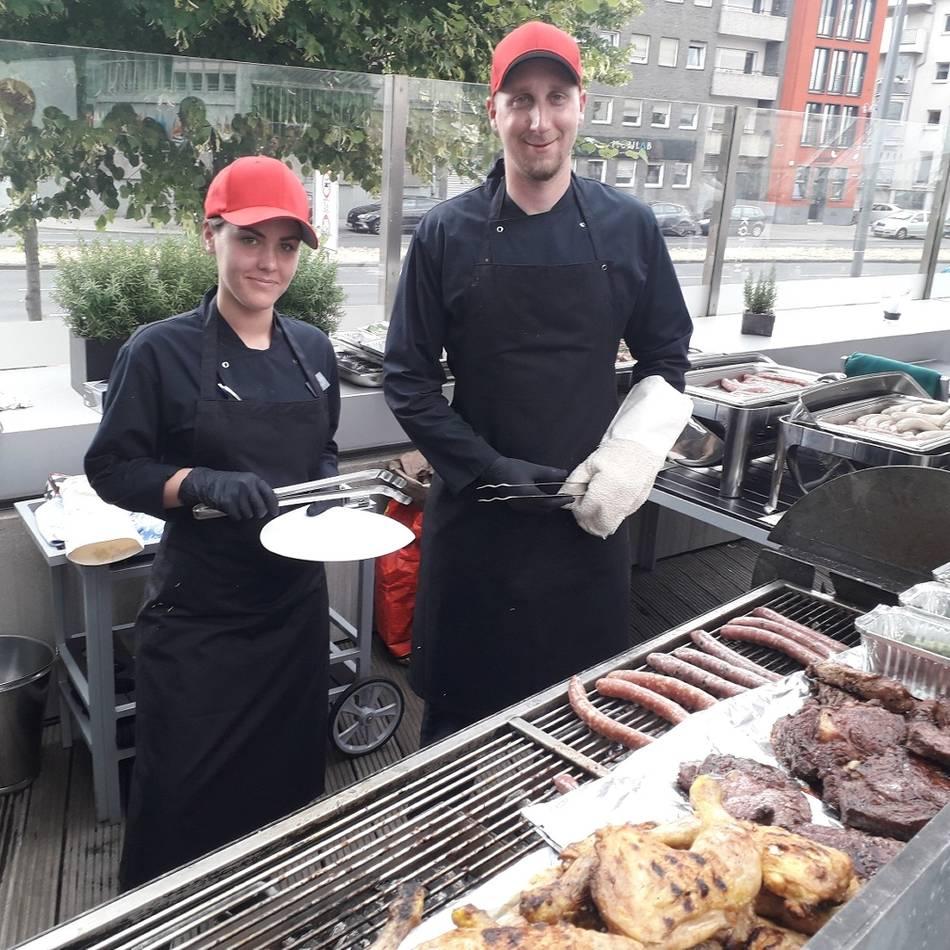 Genuss: Sommer-Tipp: Grillen mit Rheinblick