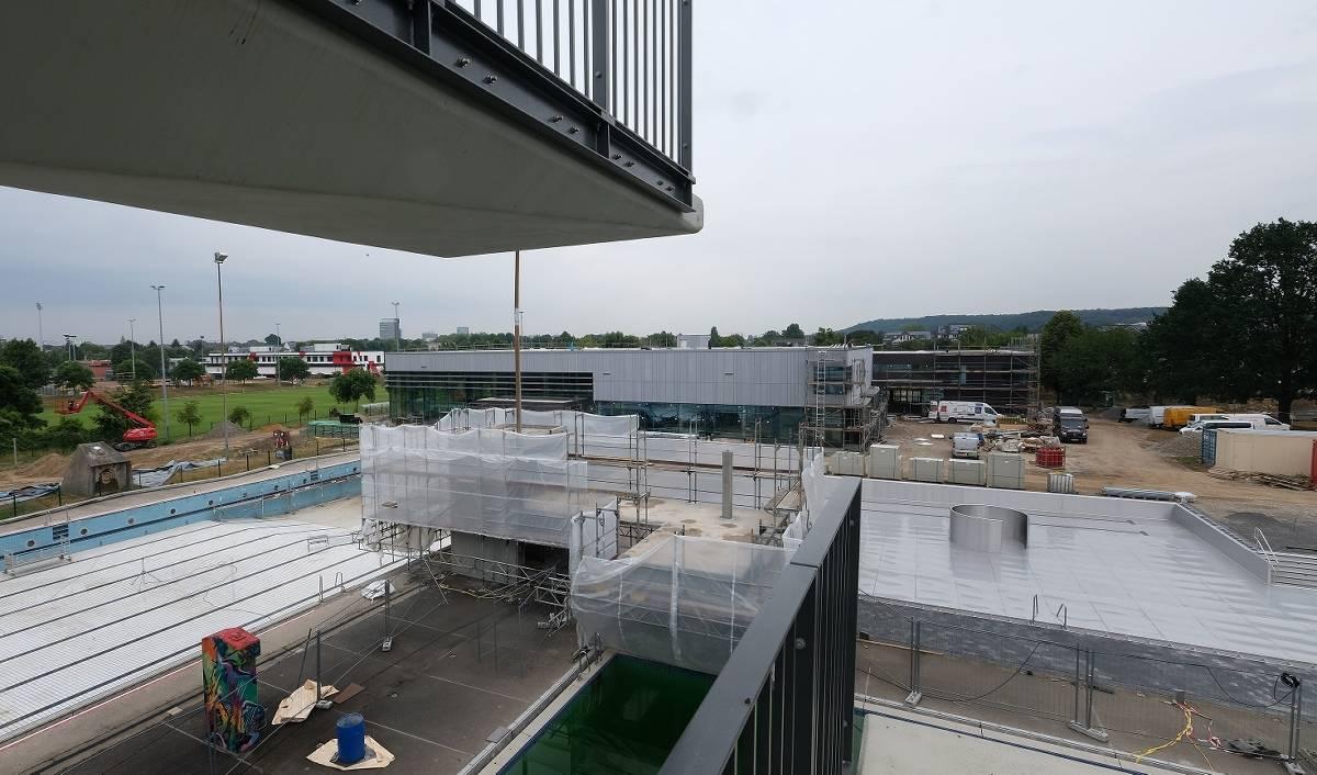 Düsseldorf: Neues Allwetterbad in Flingern ist im Rohbau ...