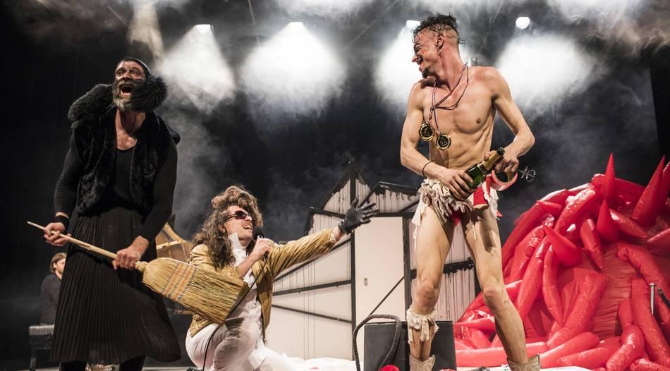 Zirkusartist kommt Martin Zimmermann kommt zum Düsseldorf Festival