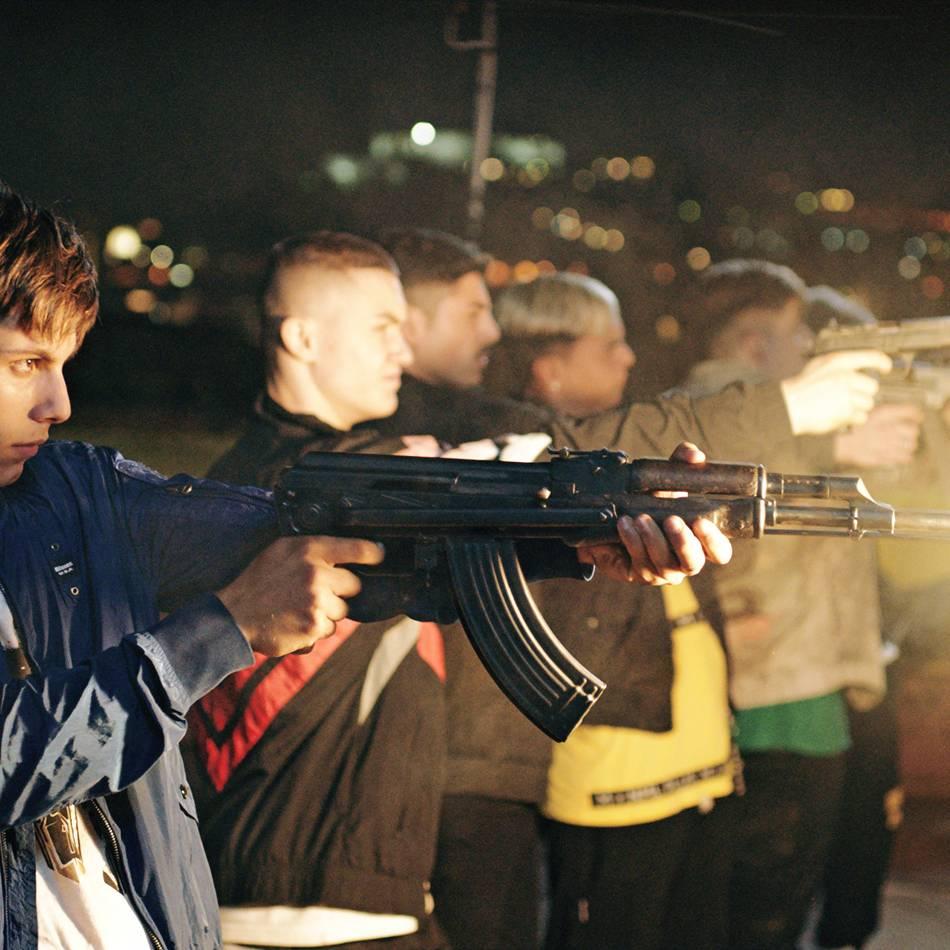 Neu in den Programmkinos : Paranza: Kinder mit Maschinenpistolen und Motorroller