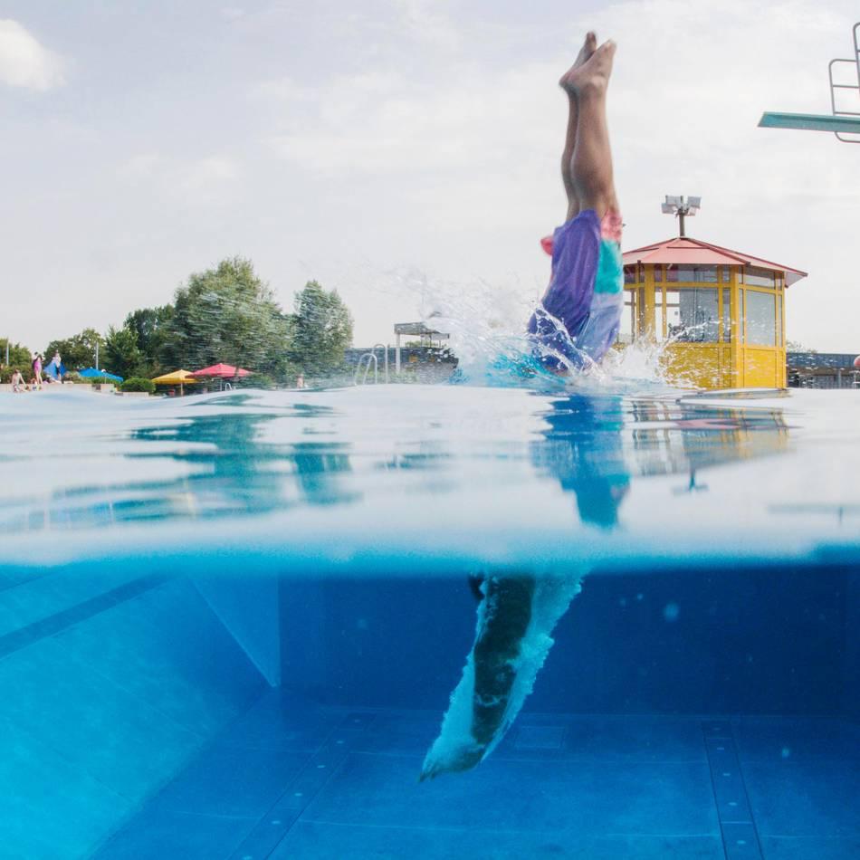 Bilanz: Freibadsaison im Rheinbad und in Lörick: Viele Badegäste fehlen