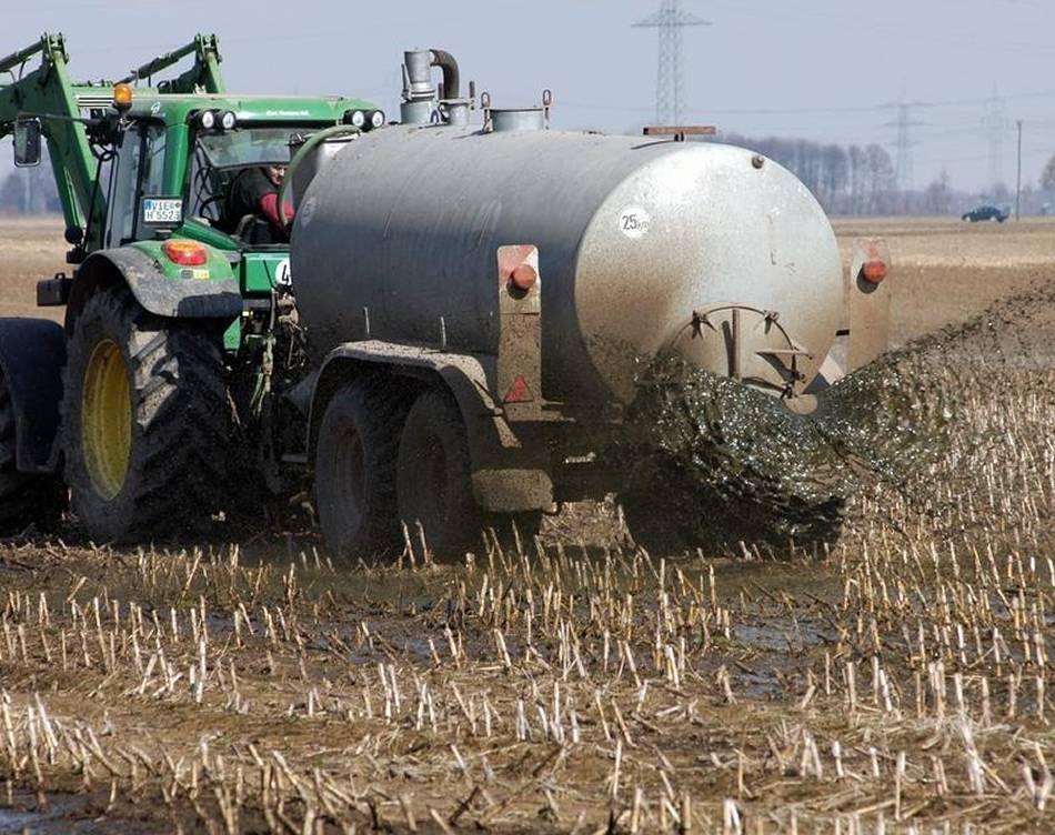 Debatte um Gülle: Landwirte sauer auf den Landrat
