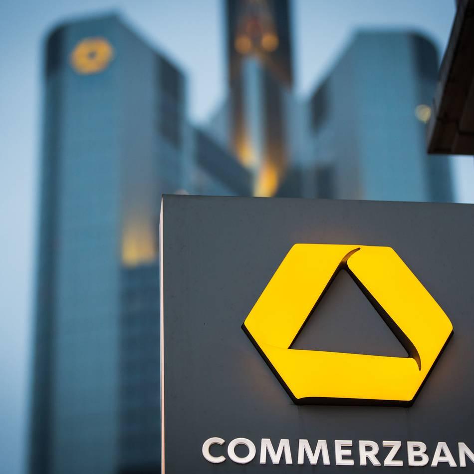 Neue Strategie: Commerzbank will 2300 Stellen streichen und 200 Filialen schließen