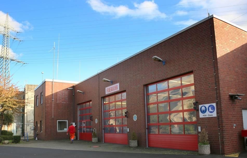 Kombinierte Wache in Grevenbroich noch nicht saniert: Retter beziehen Ausweichquartier