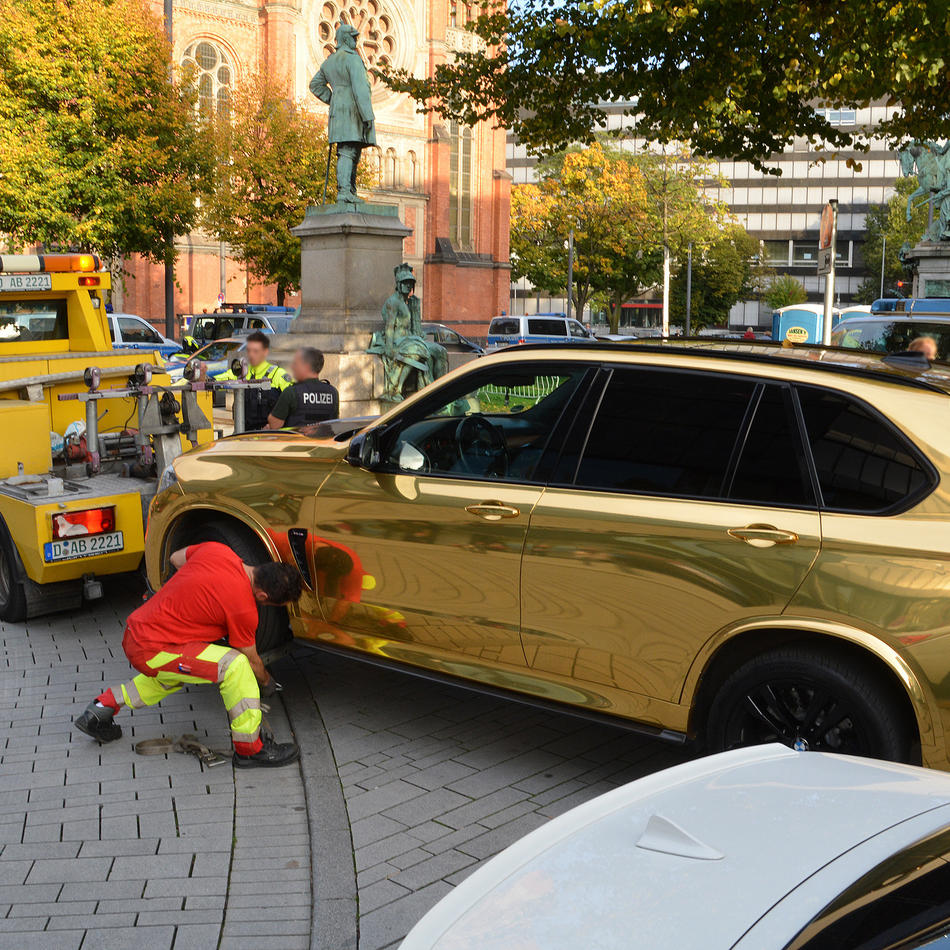 Maßnahme am Sonntag: Polizei kontrolliert Tuning-Szene in Düsseldorf
