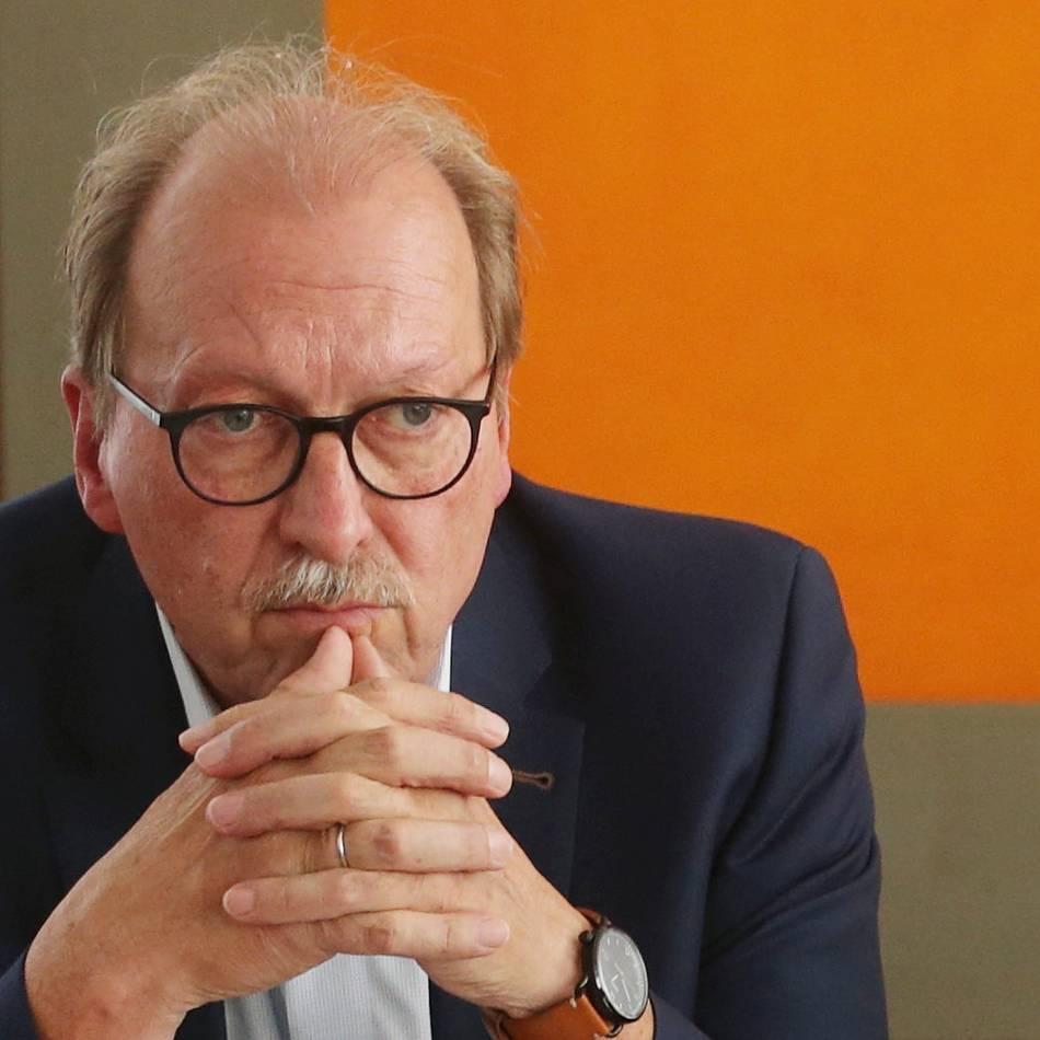 """Bäder Düsseldorf: Düsseldorfs Bäder-Chef wegen """"Maulkorb"""" unter Druck"""