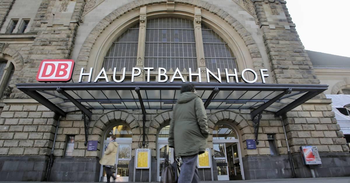 Krefeld: RE42 zwischen Krefeld Hbf und Viersen fällt aus - Westdeutsche Zeitung
