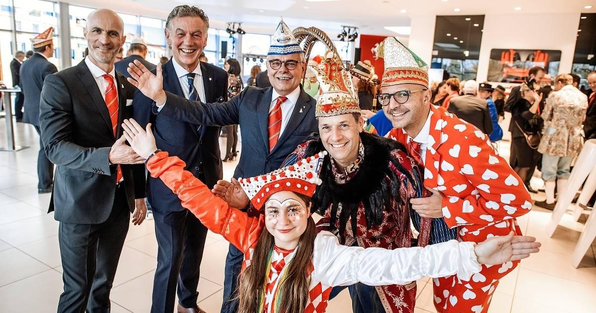 Düsseldorfer feiern in Meerbusch Karneval - Westdeutsche Zeitung