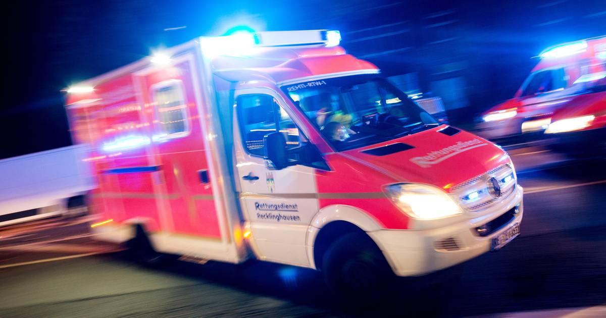 Spaziergängerinnen in Langenfeld von Auto angefahren und verletzt - Westdeutsche Zeitung