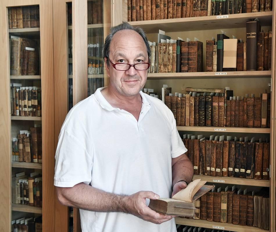 Historische Bücher: Krefeld erhält Geld für Stadtarchiv und die Scheuten'sche Bibliothek