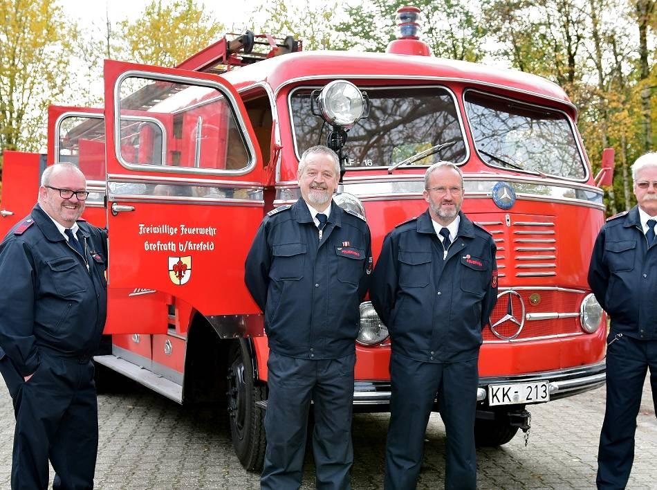Oldtimer des Grefrather Löschzugs: Feuerwehr pflegt ein Stück Geschichte
