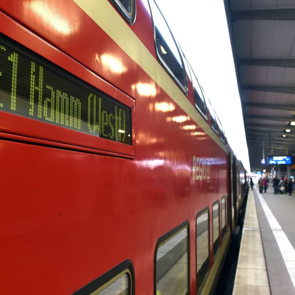 """Nach Sturmtief """"Yulia"""": Bahnverkehr normalisiert sich in NRW"""
