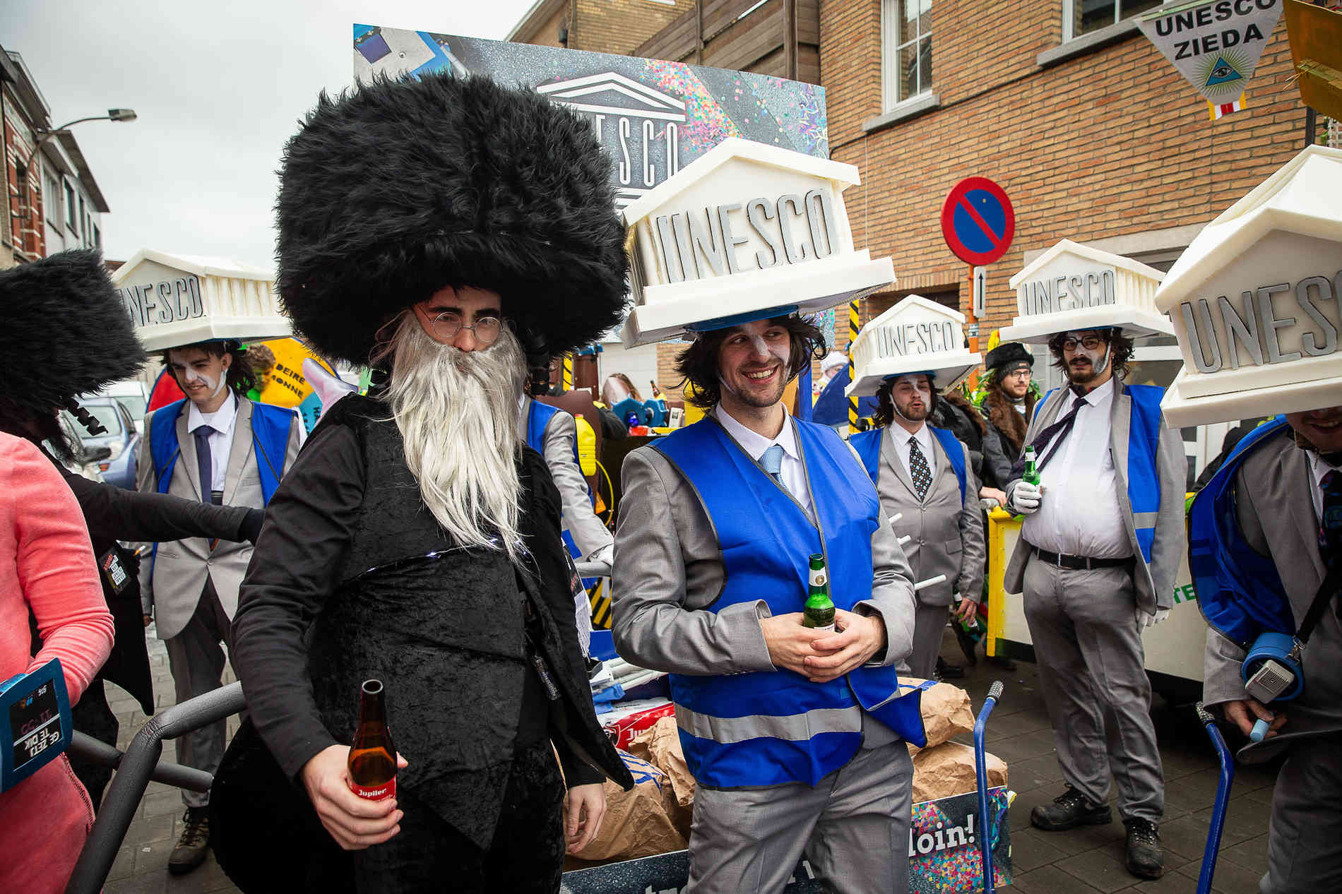 Judenfeindliche Darstellungen beim Karneval: