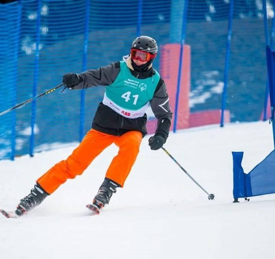 Skifahrer: Krefelder Nils Leffers räumt bei Special Olympics ab