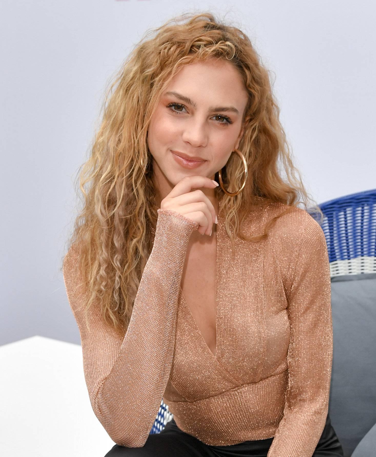 Playboy: Gewinnerin Simone Kowalski kritisiert Germany's Next Topmodel