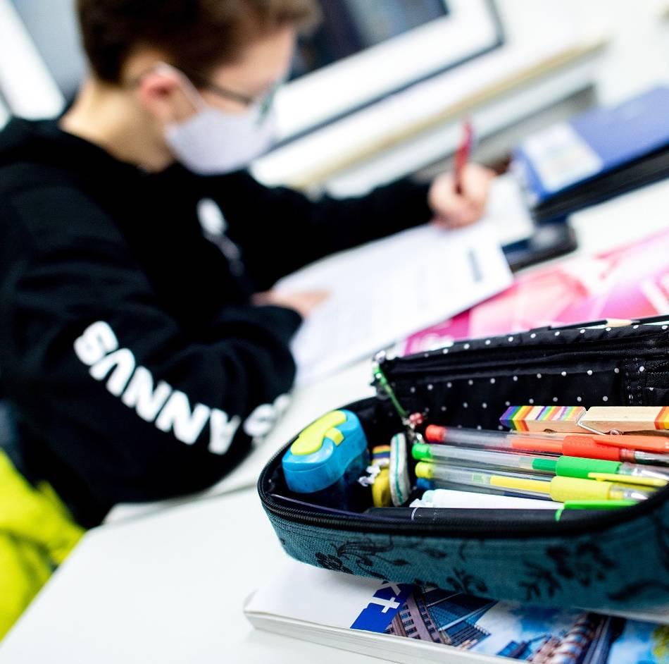 """Regulärer Unterricht ist nicht in Sicht, aber ein besonderes """"Corona-Abi"""" soll es nicht geben: NRW hält an Schulabschlussprüfungen fest"""